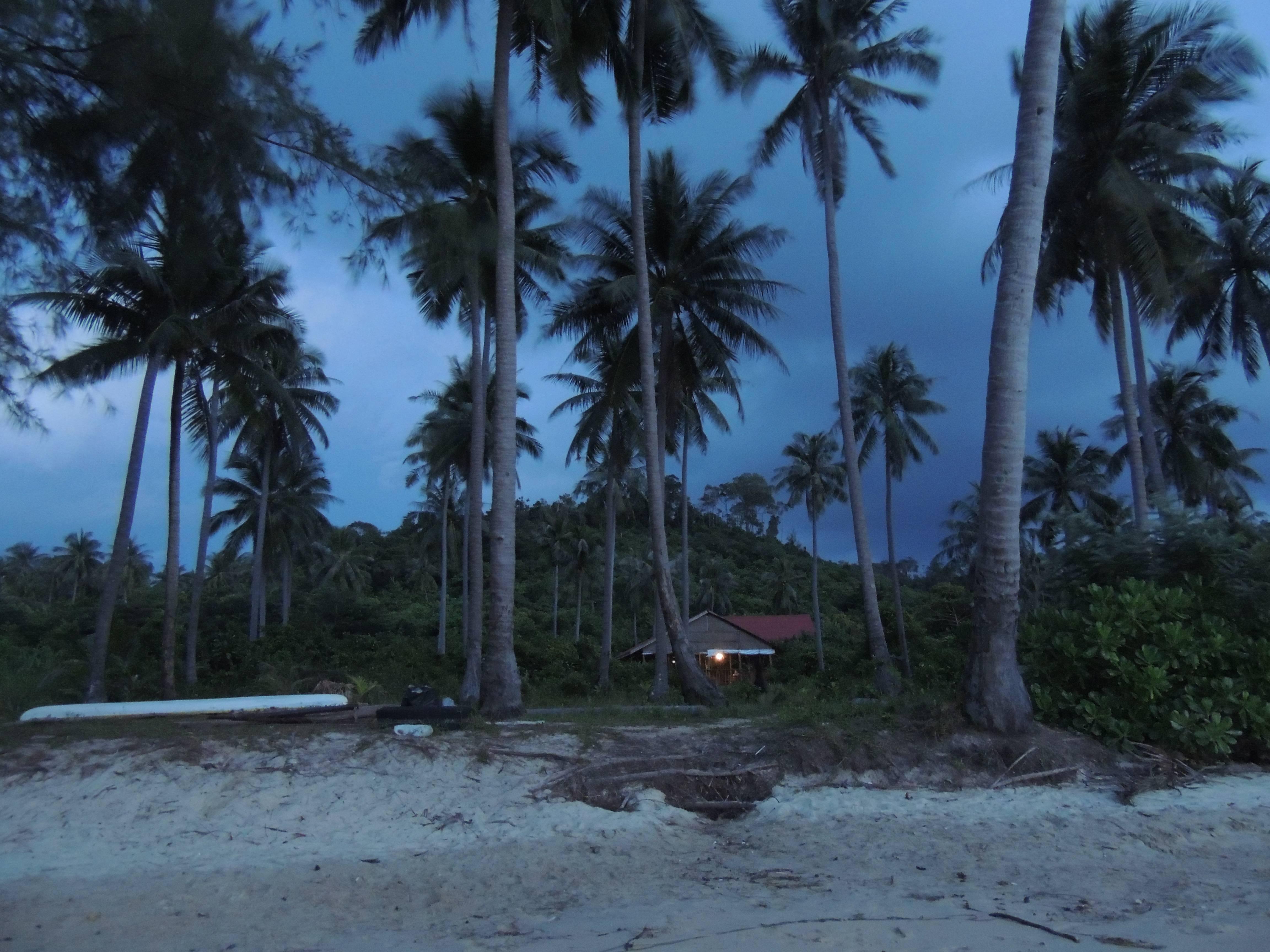 Photo 2: Koh Rong _ L'ile paradisiaque qui vous envoie en marge du monde entier