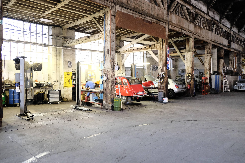 Le Garage Moderne Un Atelier Mecanique Original Shareyourtrip Fr