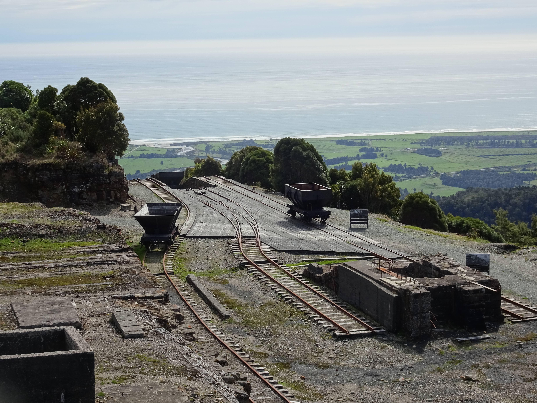 Photo 1: L'ancienne mine de Charbon de Denniston.