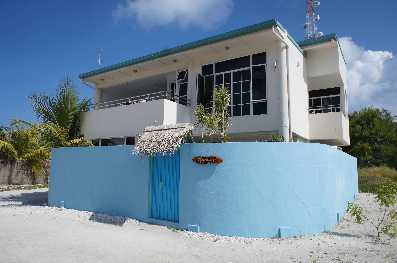 Photo 1: Natural Surf Villa - Himmafushi