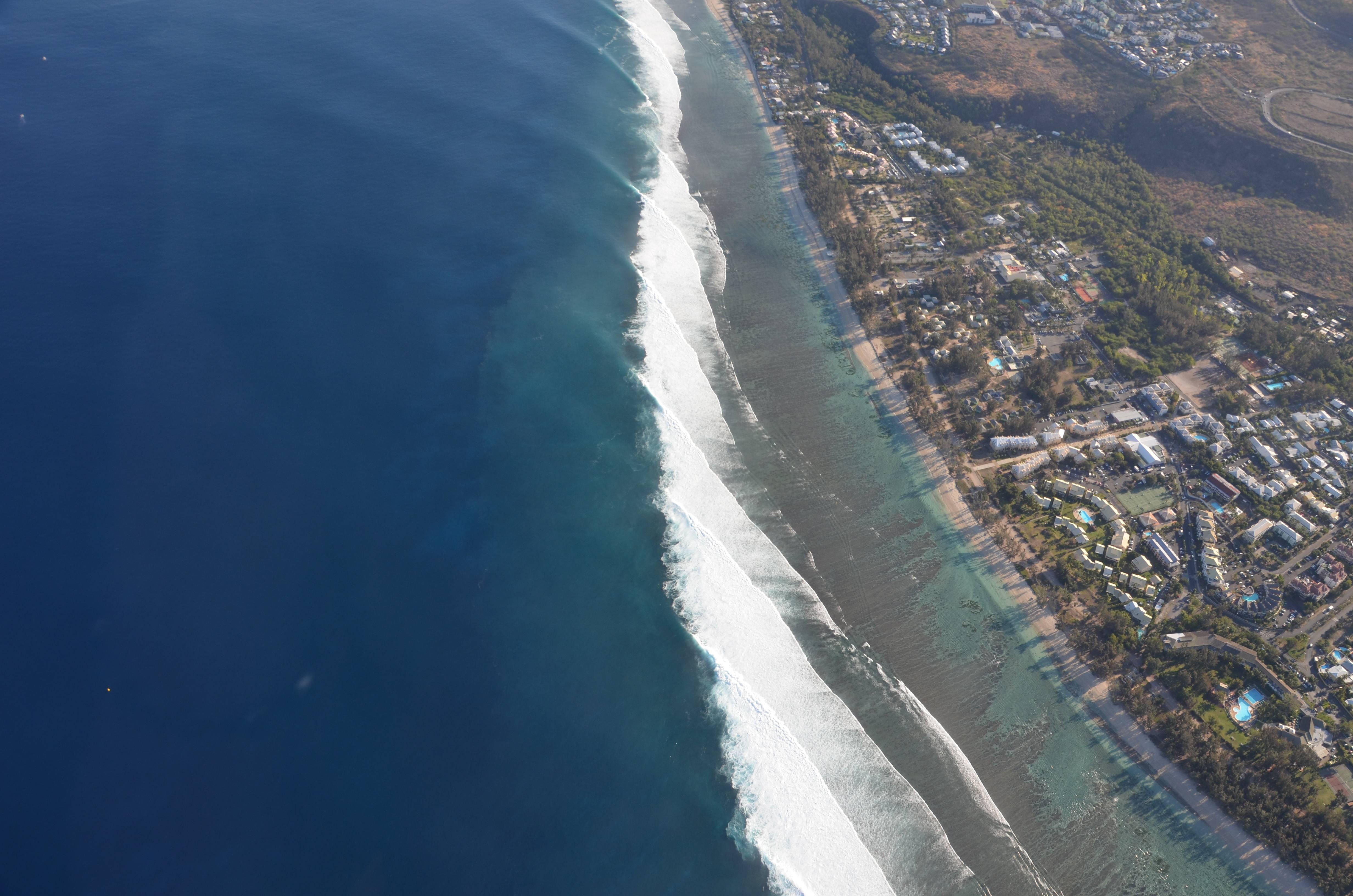 Photo 2: Survoler La Réunion et avoir le souffle coupé !