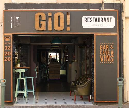 Photo 2: Gio ! L'insolite bistro-restaurant-cave à vin