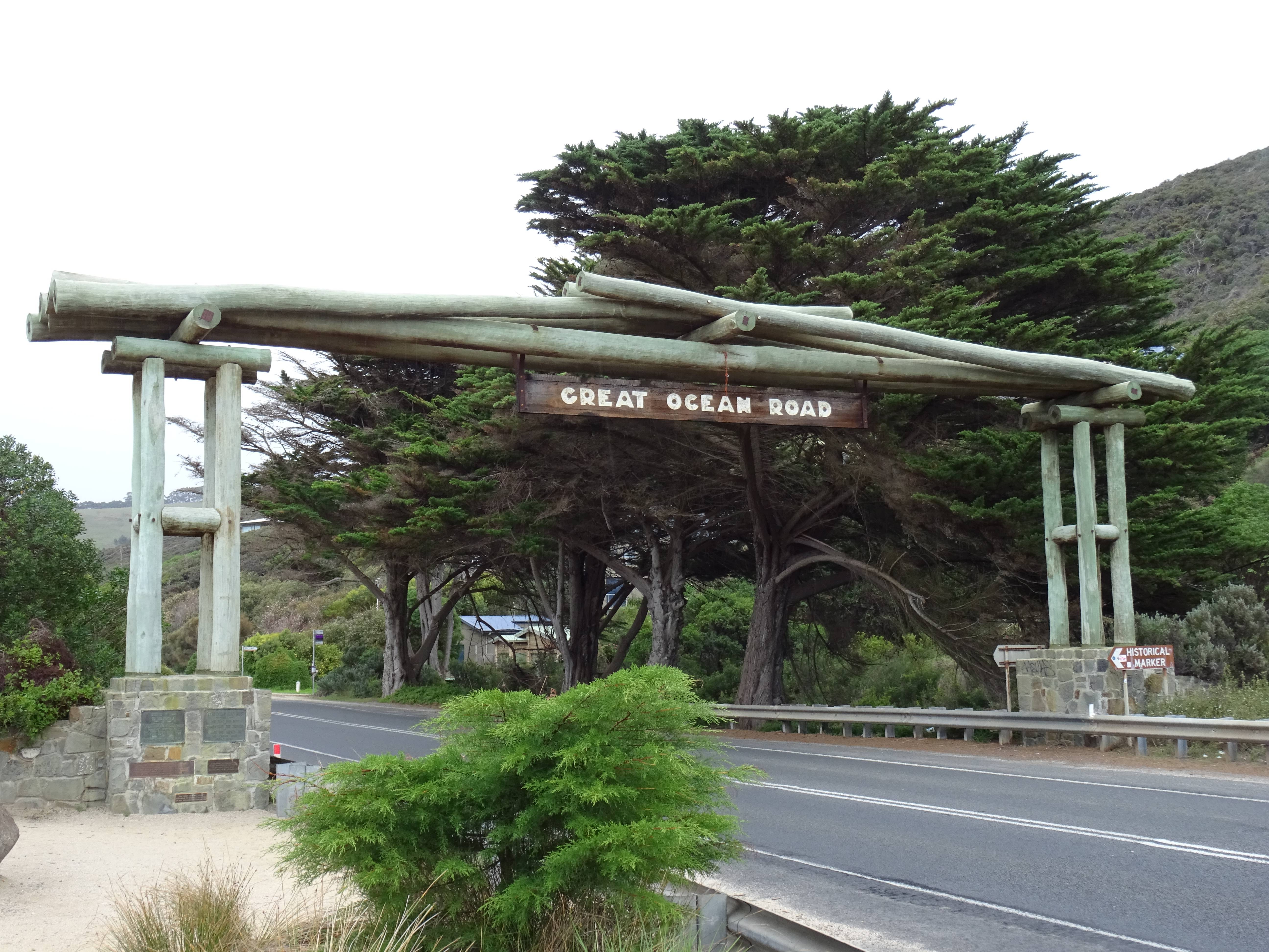 Photo 1: The Great Ocean Road!