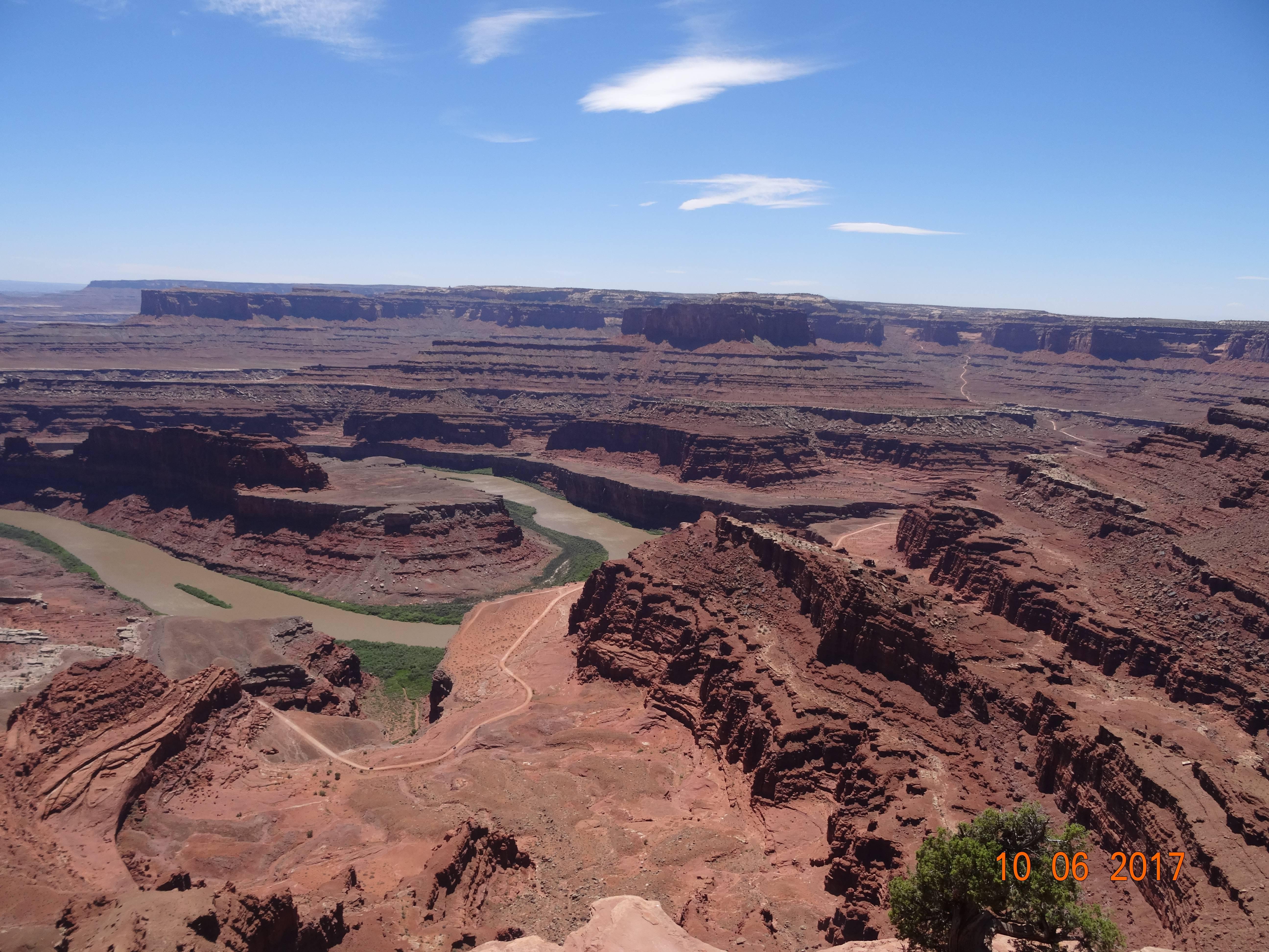 Photo 1: Dead Horse Point , Canyonlands National Park et encore une belle balade....