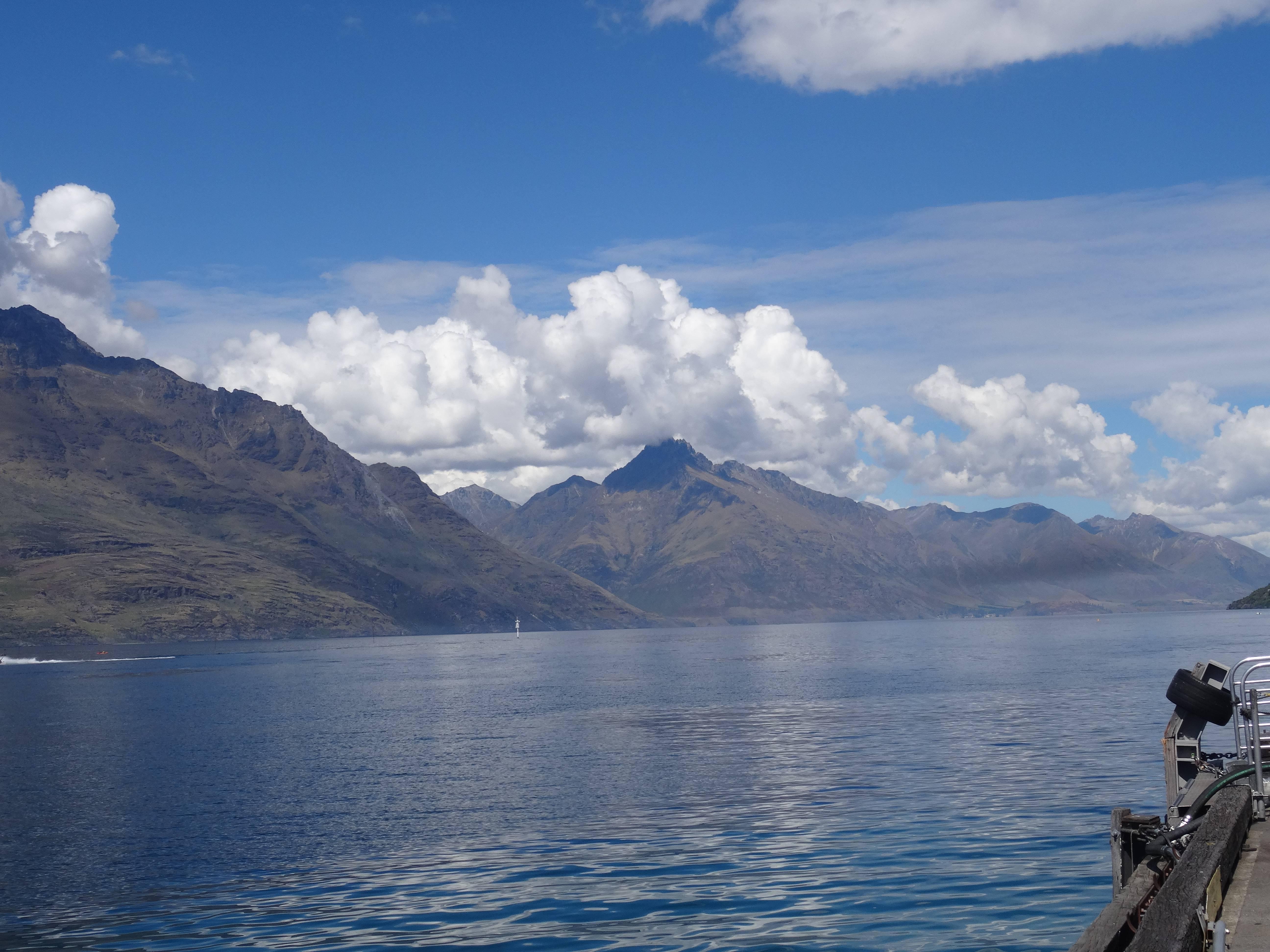Photo 2: Queenstown, Nouvelle-Zélande, la St-Moritz des antipodes