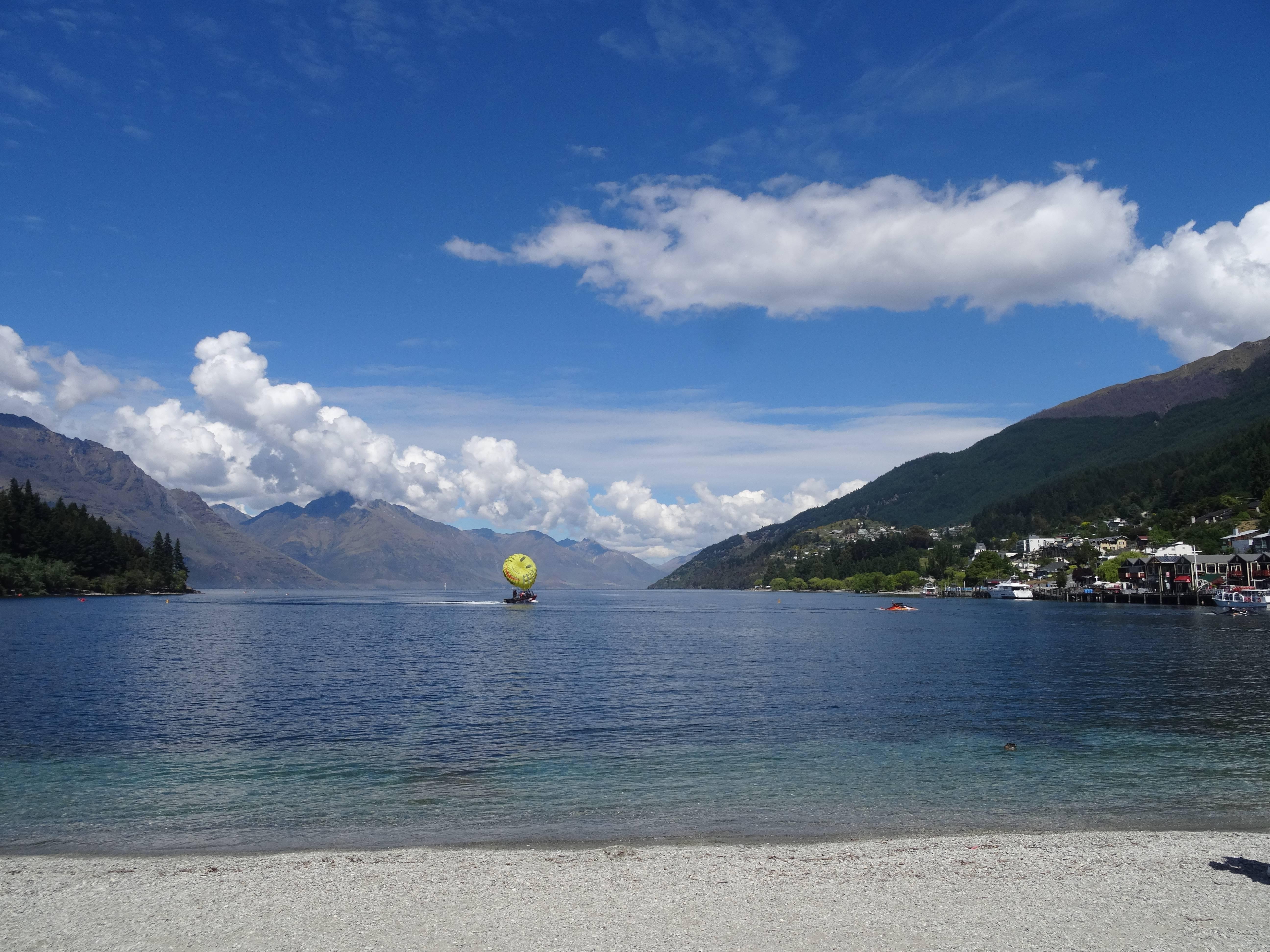 Photo 3: Queenstown, Nouvelle-Zélande, la St-Moritz des antipodes