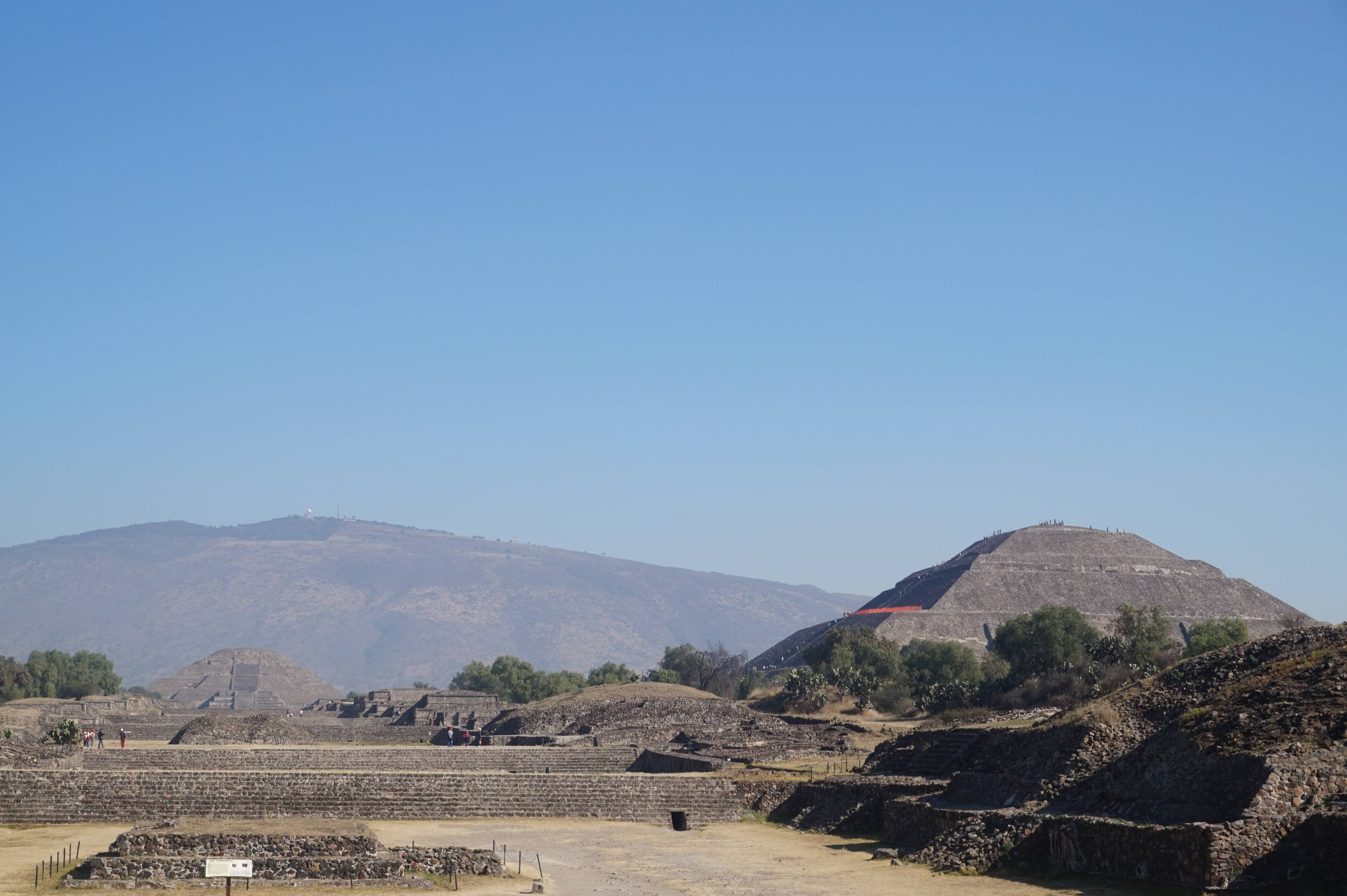 Photo 2: Teotihuacan