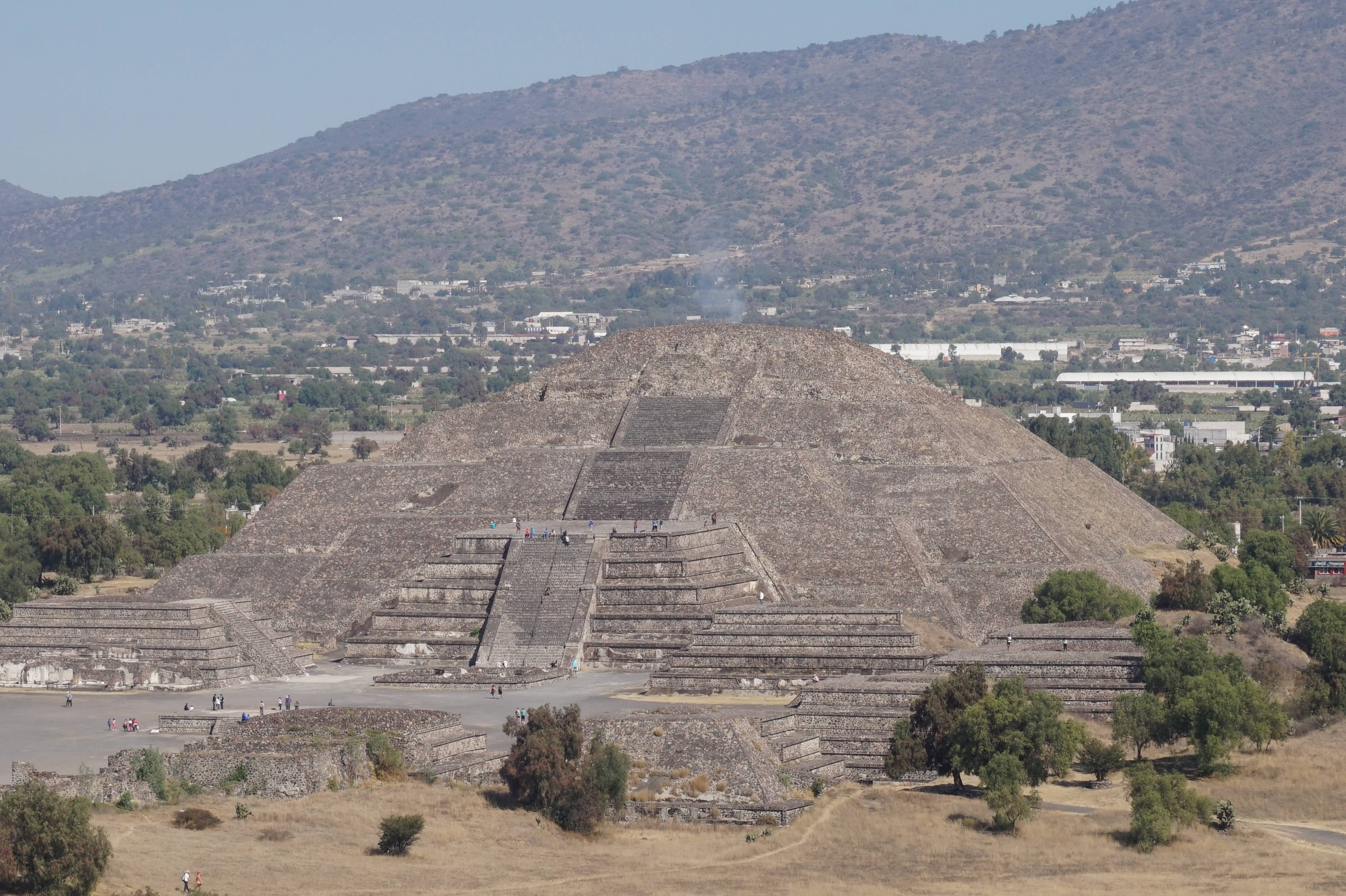 Photo 3: Teotihuacan