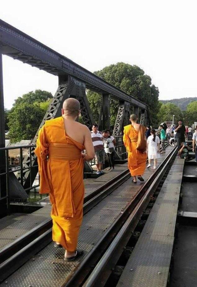 Photo 1: Le pont de la rivière Kwaï