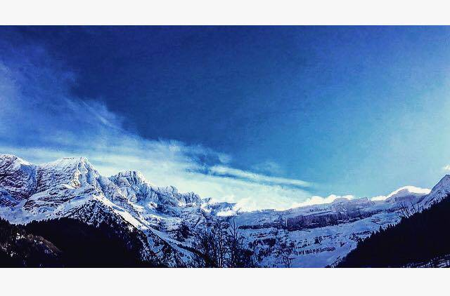 Photo 1: A la recherche de soi dans les sommets Pyrénéens !