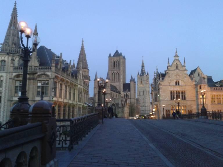 Photo 1: Balade médiévale au coeur du centre historique de Gand
