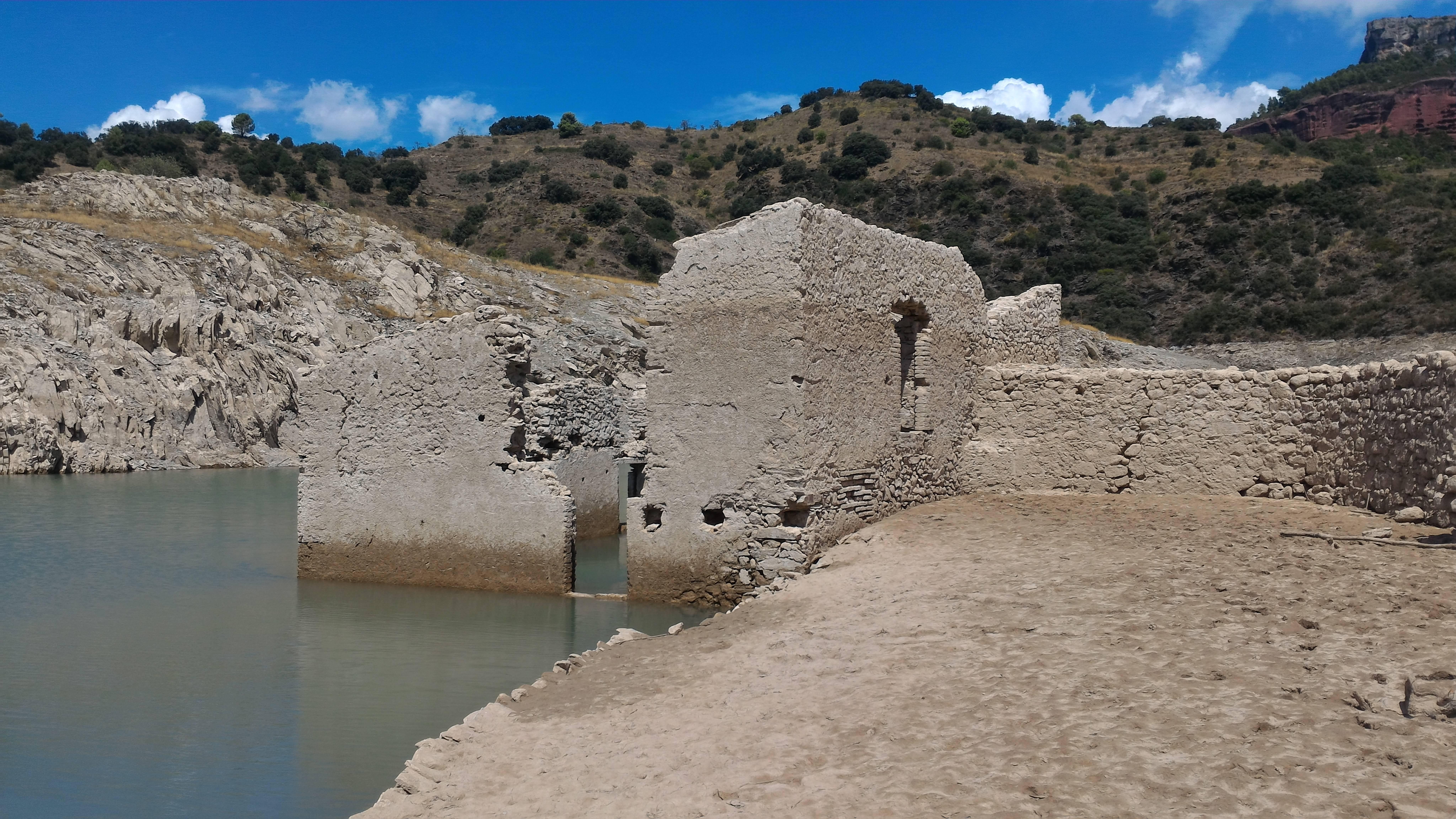 Photo 1: Le Barrage de la Siurana