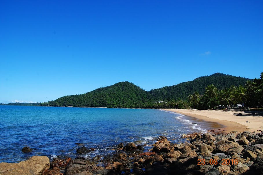 Photo 2: Bingil Bay : plage sauvage et paisible
