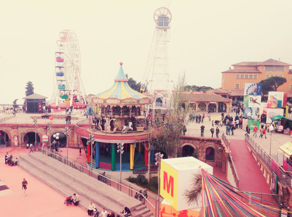 Photo 1: Le Parc Tibidabo, le retour en enfance assuré !