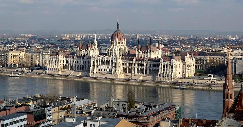 Photo 2: Budapest, la ville aux nombreux monuments