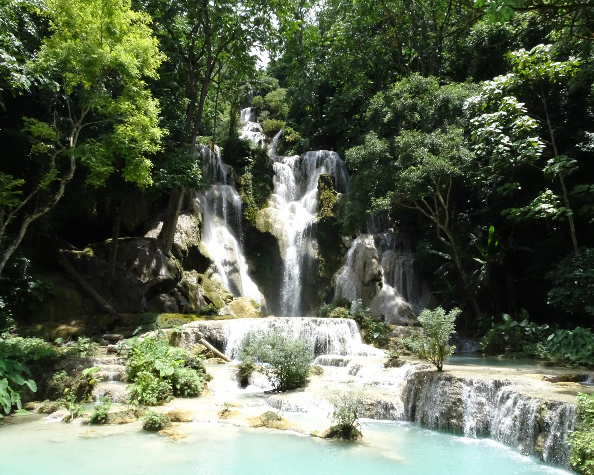 Photo 1: Kuang Si falls, irréelles et somptueuses !