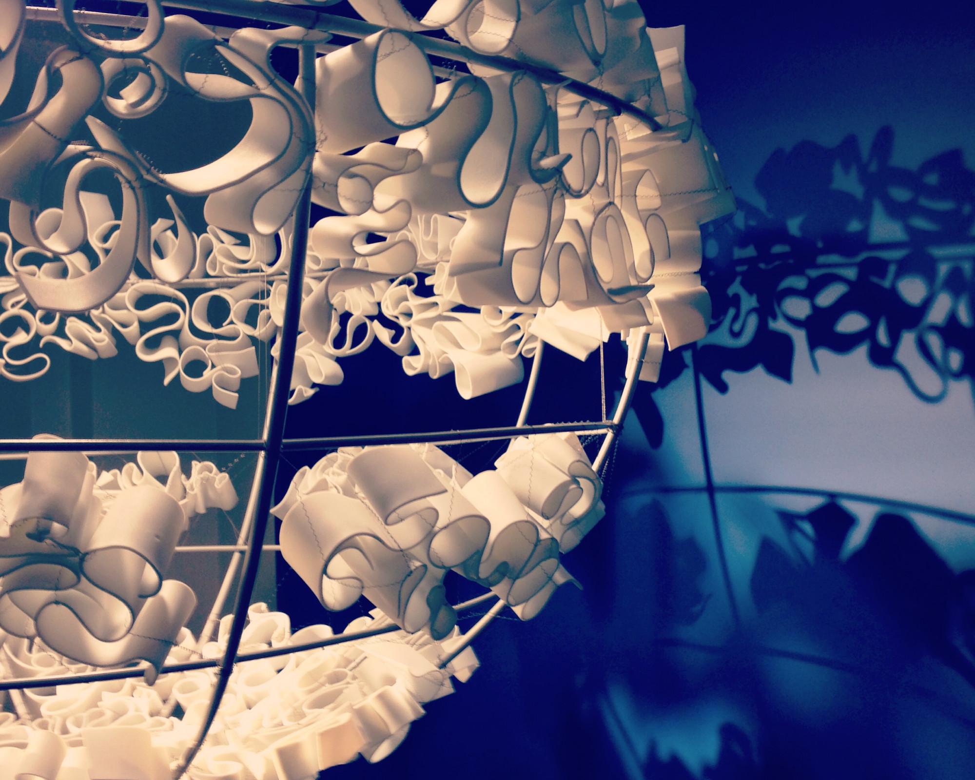Photo 2: Emplettes pour arts de la table /Boulevard Louis Blanc