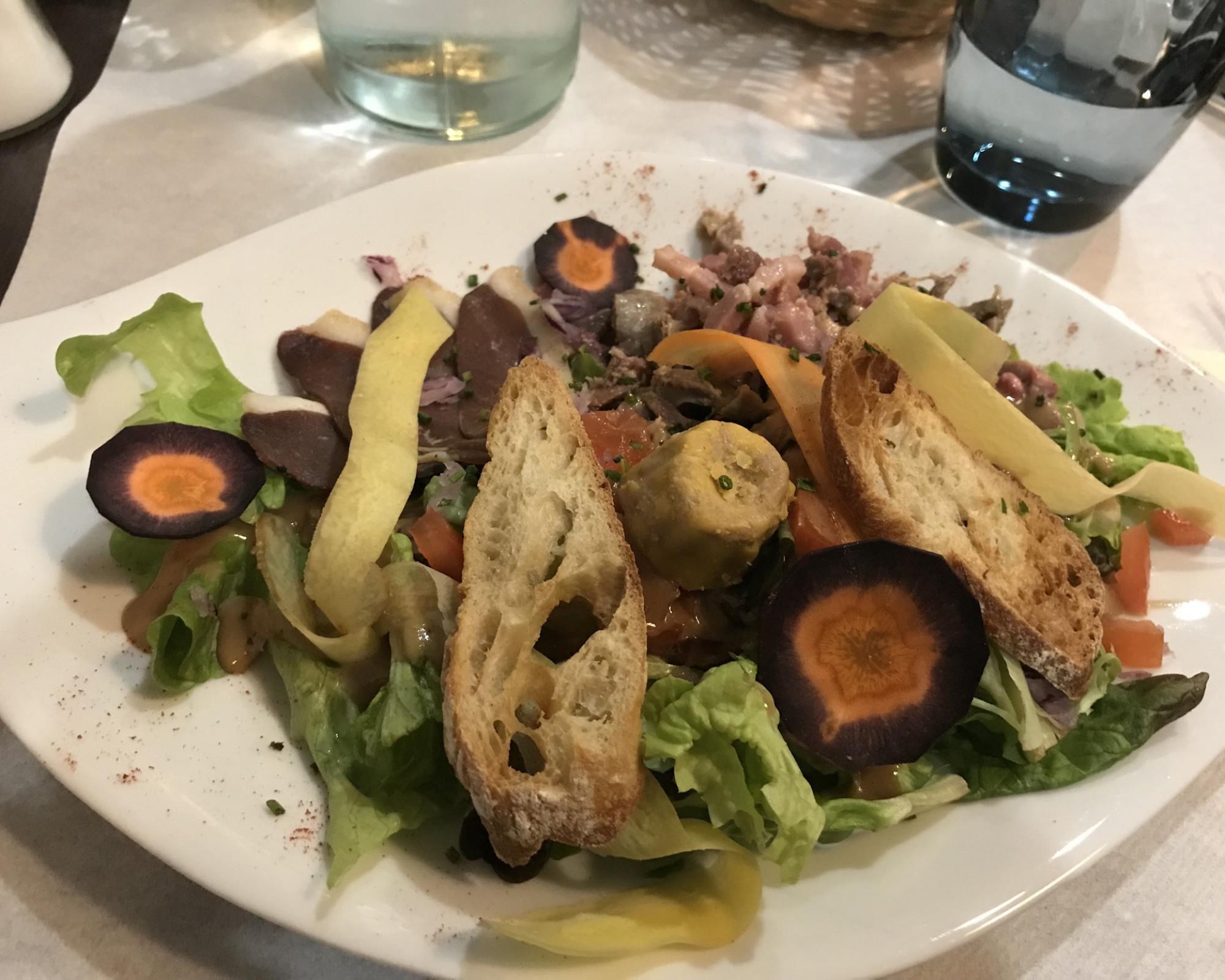 Photo 1: Bon moment au restaurant l'Eyra