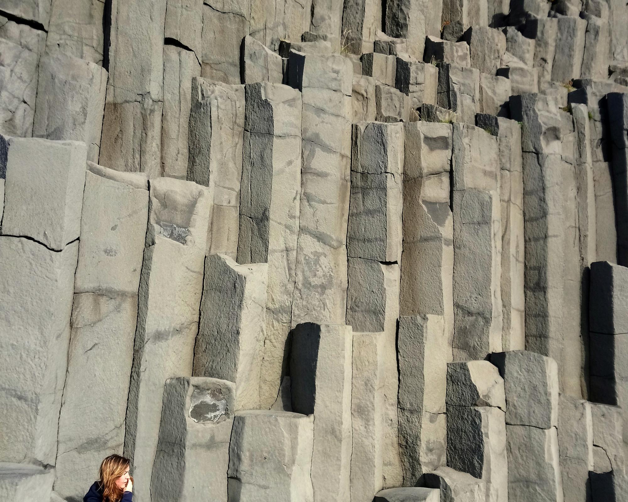 Photo 1: Reynisdrangar, au bord de l'océan